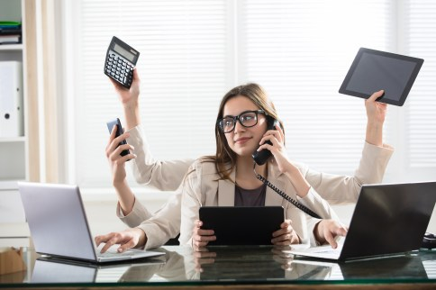 Multitasking between devices is associated with poorer attention ...