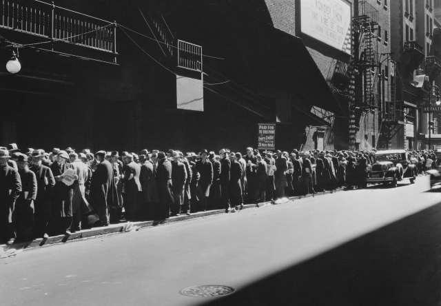 La Historia nos recuerda los efectos del paro y la precariedad laboral
