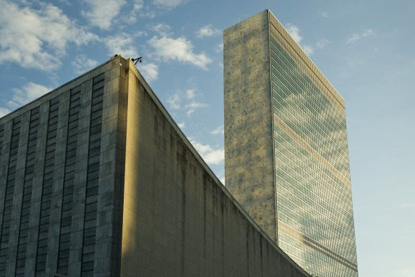 Glass skyscrapers: a great environmental folly