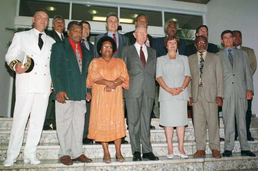 Le nouveau gouvernement de Nouvelle-Calédonie de 1999