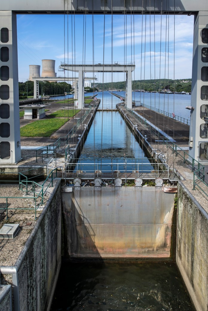 Photo looking through a lock along the river.