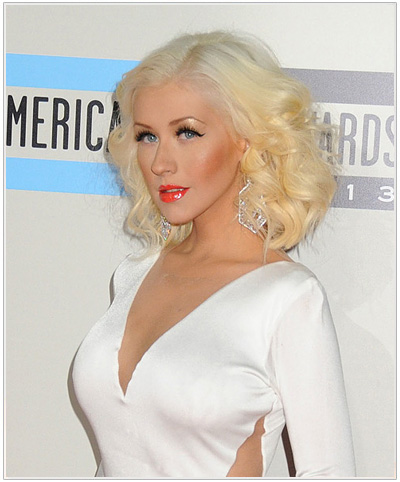 christina aguilera s two tone blonde hairstyle thehairstyler