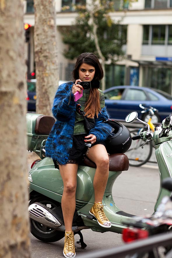 sparkly converse street style