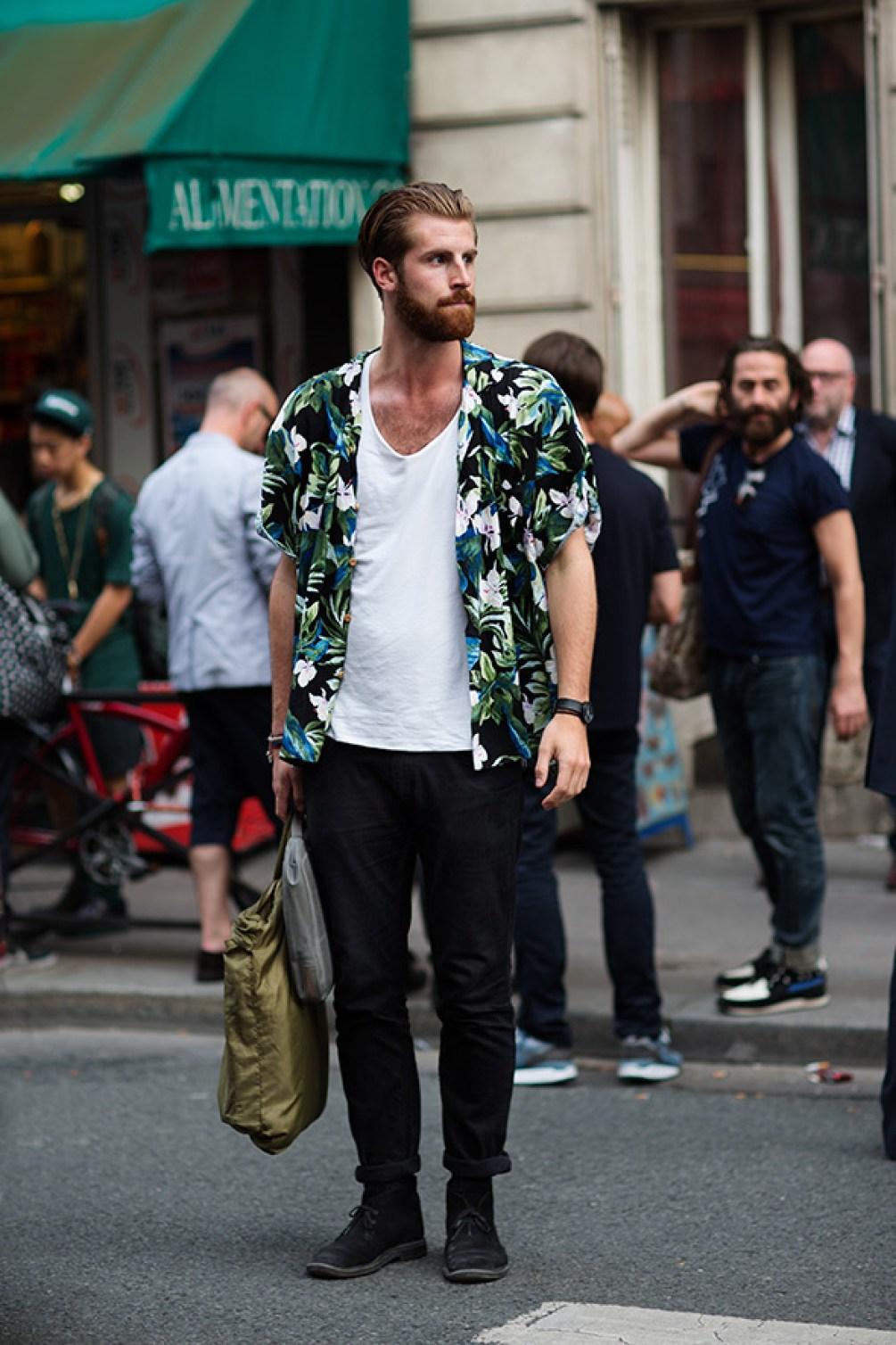 tropical print shirts are 2018 summer fashion essentials for men!