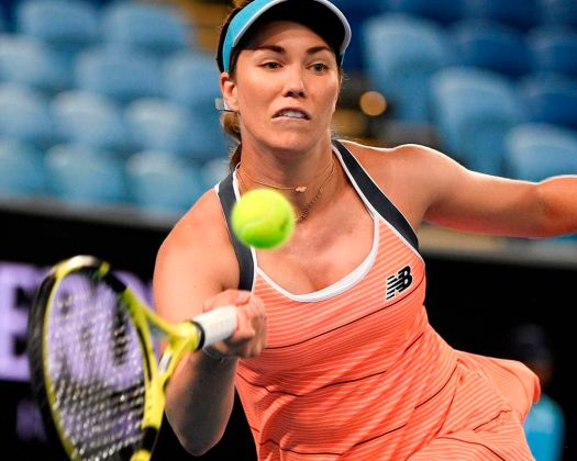Williams withdraws from semifinals in Australian Open ...