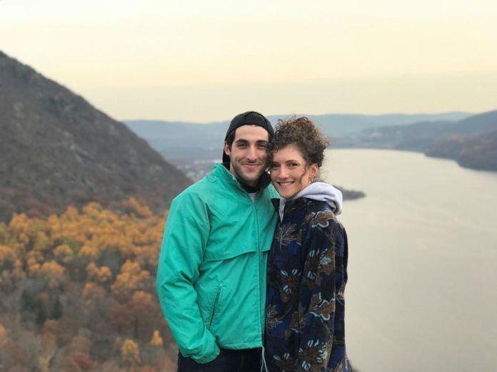 Daniel Pascale of Toronto has been separated from his common-law partner, Krista Partipelo of New York, since March 20, when she was turned back at the border, 90 minutes before the closure of the Canada-United States border came into effect. force.