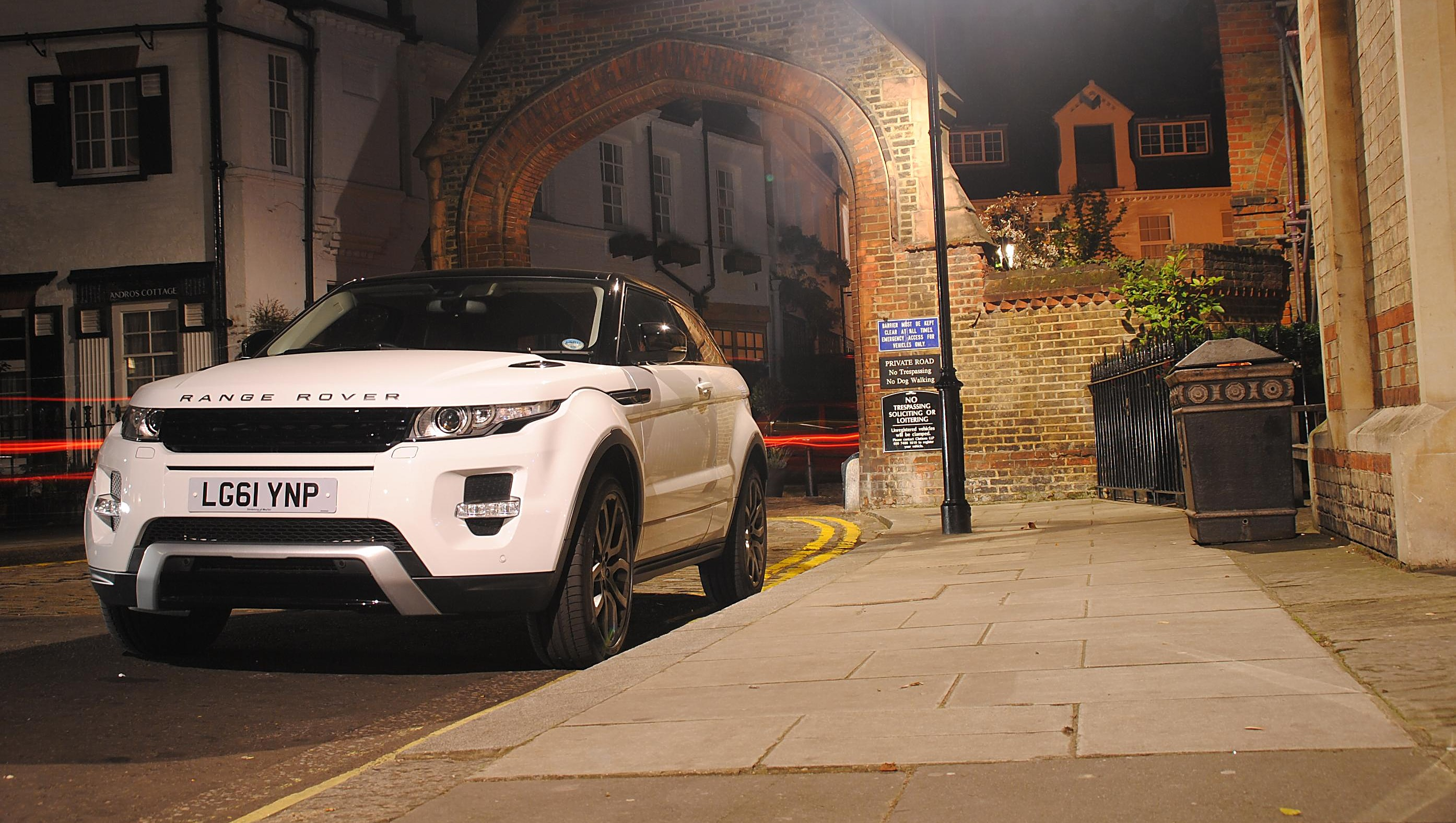 Consumer Reports Trashes Range Rover Evoque Nouveau Riche Shrug