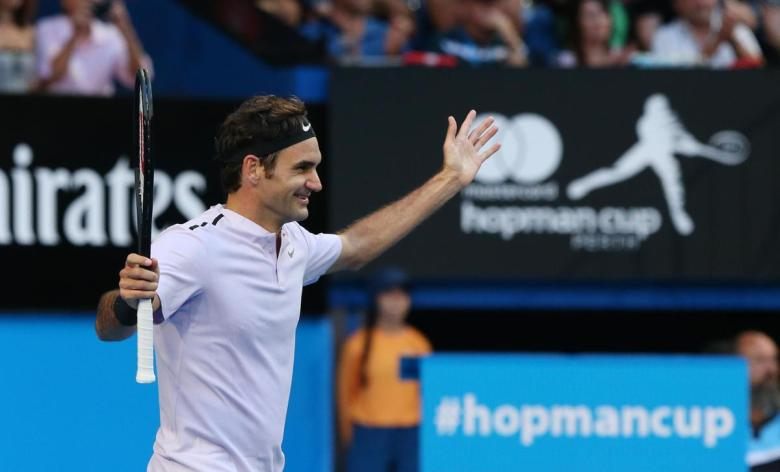 Federer wins the Hopman Cup for the second time in his career.