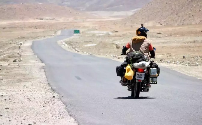 Image result for manali to leh on bike