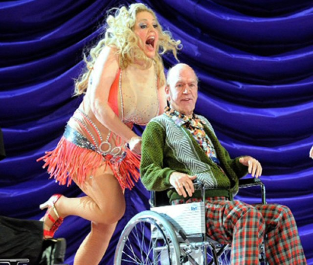 The Life Of Anna Nicole Smith Has Become The Subject Of A New Controversial Opera Simply Called Anna Nicole And Yes The Fat Lady Is Singing
