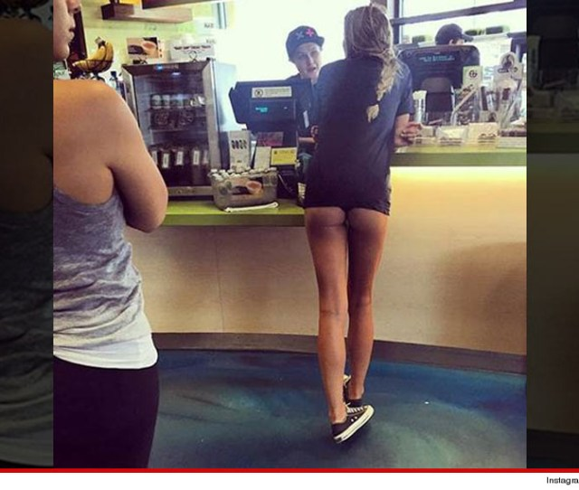 Heres Sports Illustrated Model Samantha Hoopes Ordering Some Juice At Earth Bar In West Hollywood With Her Entire Perfectly Sculpted Ass Hanging Out Of