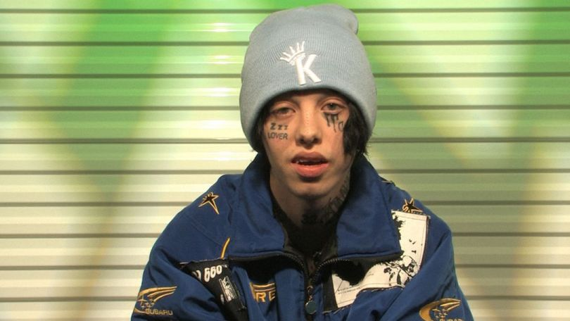 111518 lil xan kal 1080x608 - Lil Xan Checked Out of Rehab for a Day To Lock Down New House