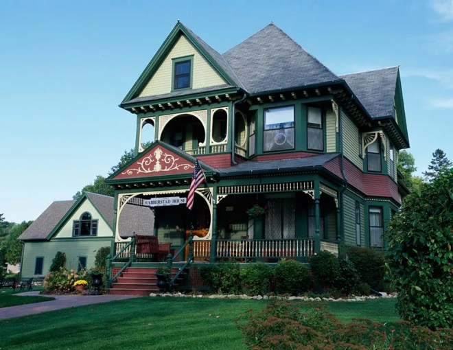 Get the Look  Queen Anne Architecture   Traditional Home   ENLARGE