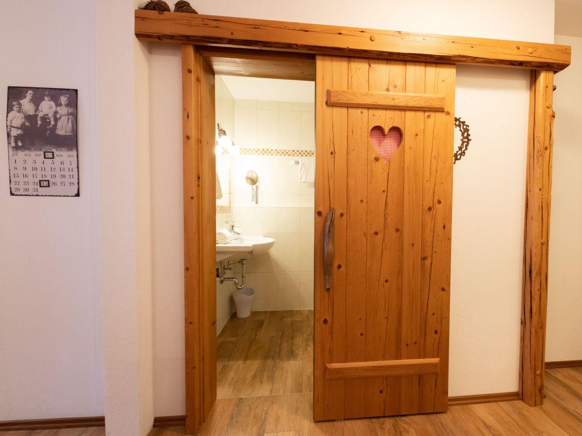 Badezimmer Schiebetur Wohndesign Und Innenraum Ideen