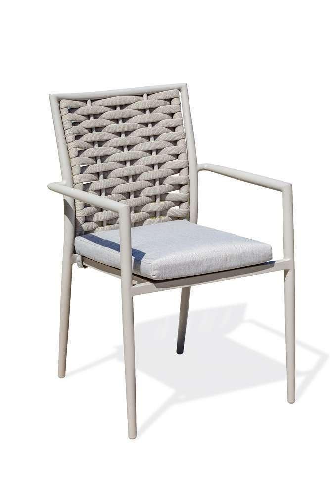 fauteuil de jardin empilable capferret en aluminium et corde tissee