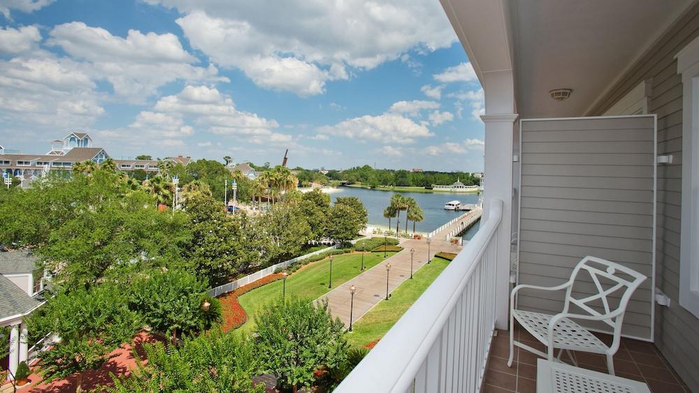 Disneys Yacht Club Resort In Orlando Hotel Rates