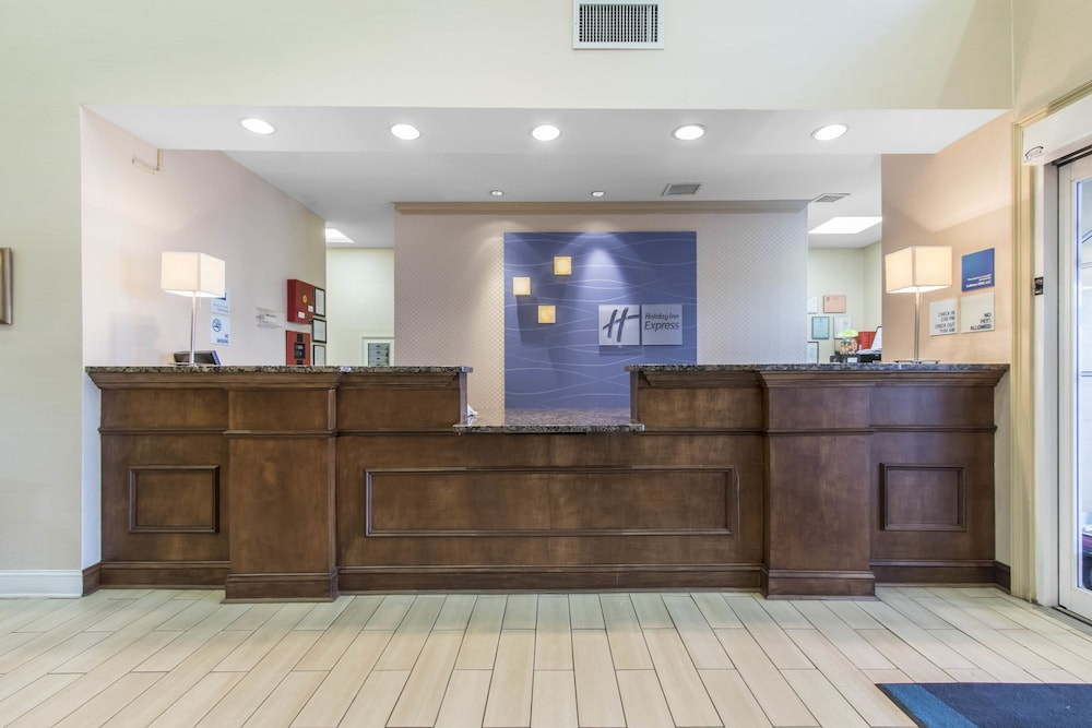 Holiday Inn Express Hotel   Suites Cullman  2018 Room Prices from     Exterior Featured Image Interior Entrance