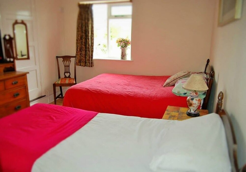 Beaumont Guest House In Ipswich Hotel Rates Reviews On