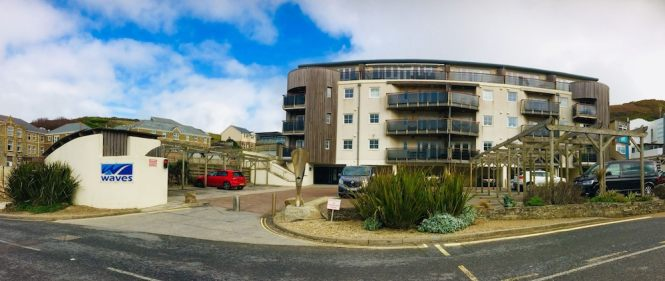 Waves Apartments In Newquay Hotel