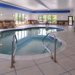 Holiday Inn Express And Suites Fairmont In Fairmont Wv Expedia