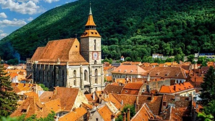 Romania is located in the heart of Central, Eastern and Southeastern Europe.  From mesmerizing views, rocky peaks to medieval villages, Romania is one place that tourists will really love.  By visiting this place, one can know about the cultural heritage of Europe.