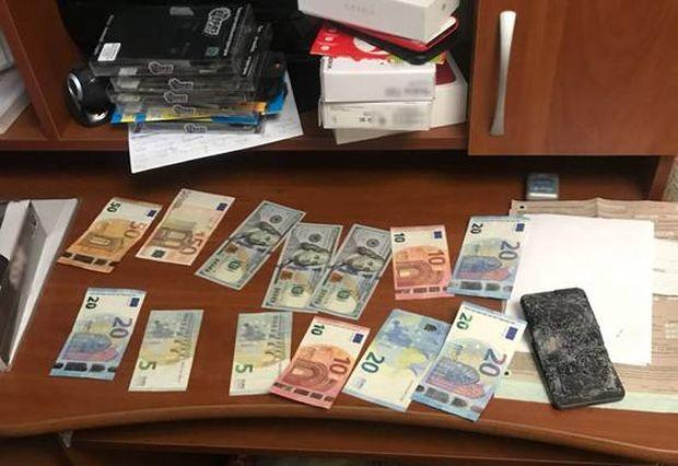 Кіберполіція викрила двох киян, які ошукали громадян на понад 100 тисяч гривень