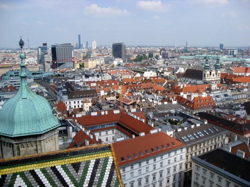 Мешканці Люксембургу та Відня найбільше задловолені чистотою своїх міст / фото УНІАН