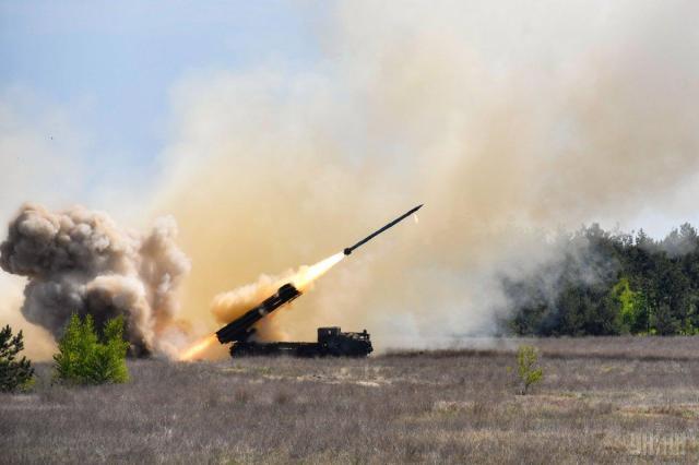 Система залпового огня «Ольха» имеет дальность поражения около 70 километров / фото УНИАН