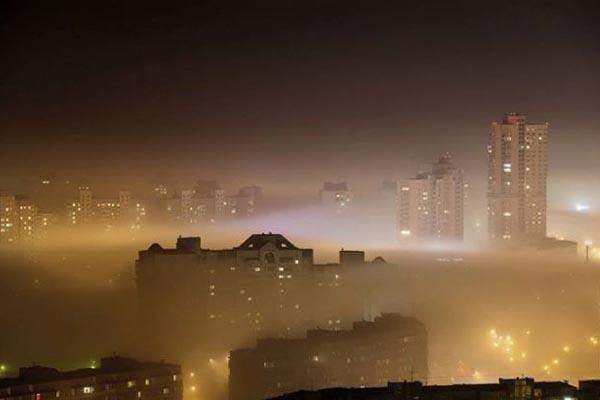 В октябре в Киеве был высокий уровень загрязнения воздуха \ фото ГСЧС