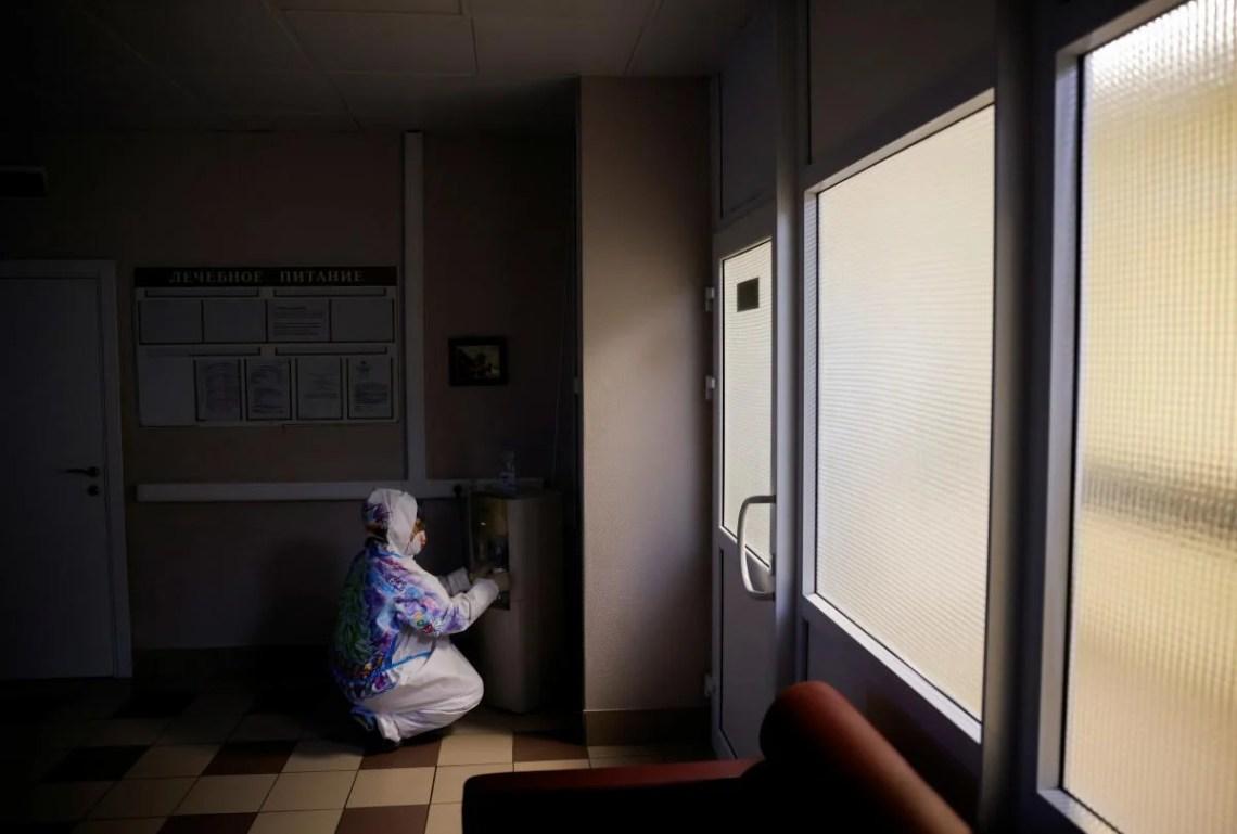 Коронавирус в Киеве - количество новых случаев снизилось накануне выходных / REUTERS