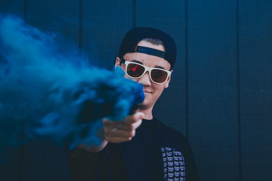 Smoke Bomb Pictures Download Free Images On Unsplash