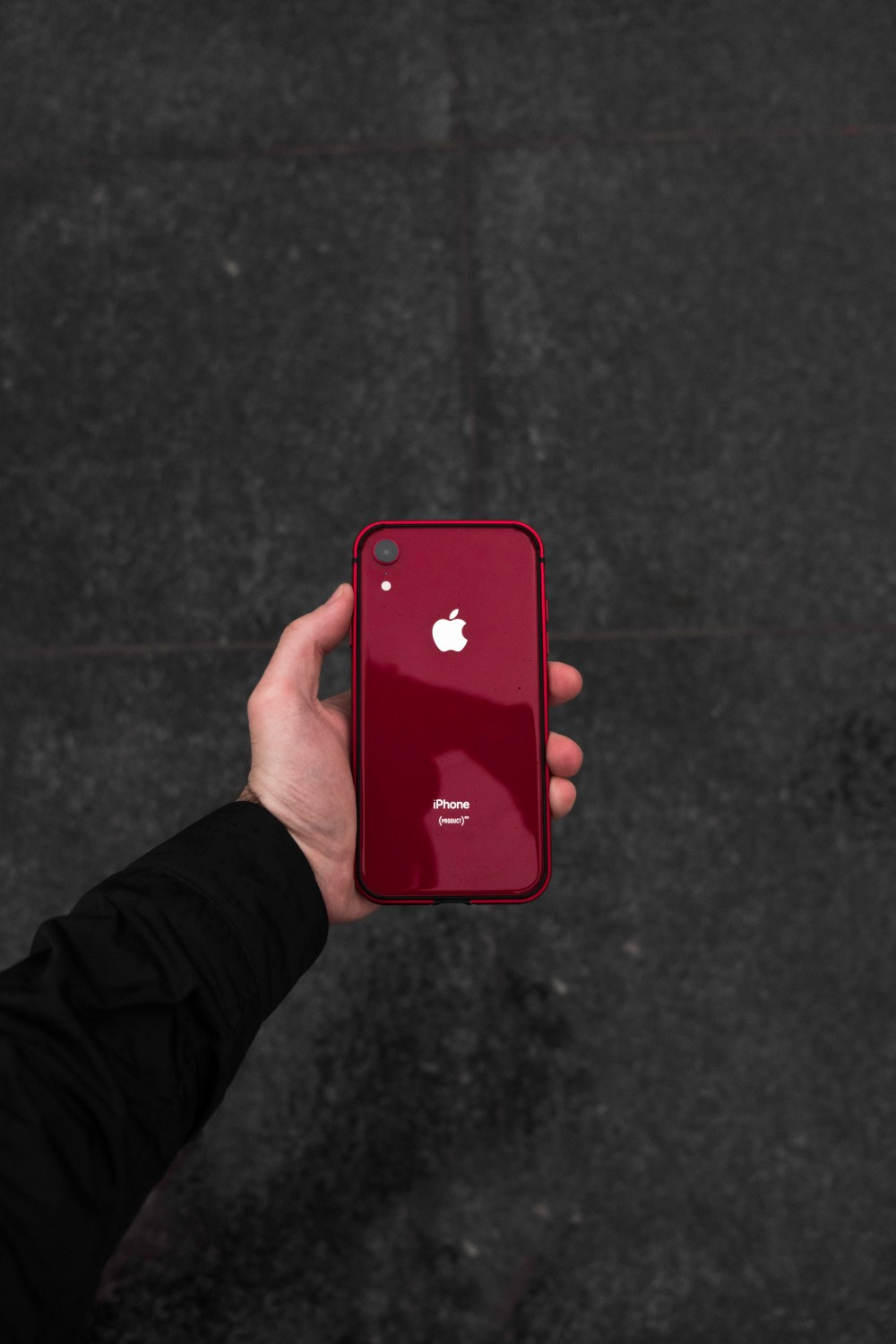 Product Red Iphone Xr And Red Case Photo Free Phone Image On Unsplash