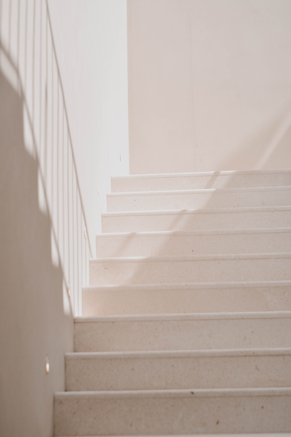 350 Staircase Pictures Download Free Images On Unsplash | White And Wood Stairs | Non Slip | Foyer | Simple | Solid Wood | Indoor