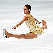 รูป Sasha Cohen ทำ Split Jump (ด้านข้าง) รูปเซิจเอาจาก Google