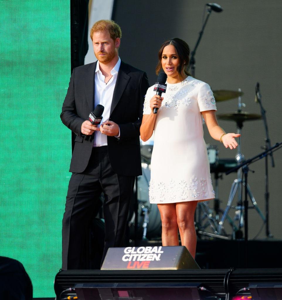 Harry e Meghan Markle, «a Natale tornano a Londra con Archie e Lilibet Diana»