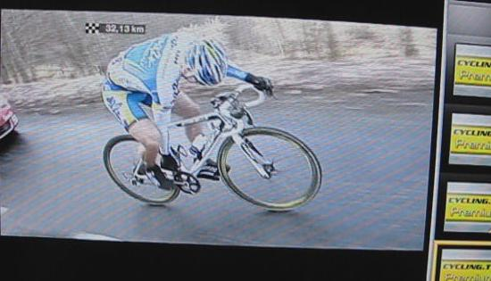Nicolas Roche chain recovery while moving step 2
