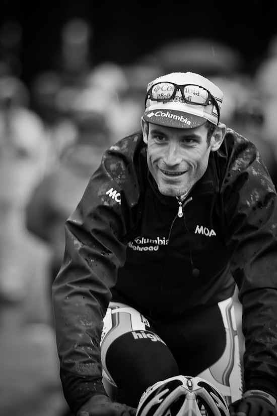 Hincapie grinning after an exchange with Armstrong