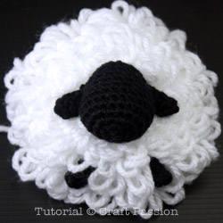 sheep-earmuff-DIY2