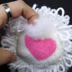 sheep-earmuff-DIY4