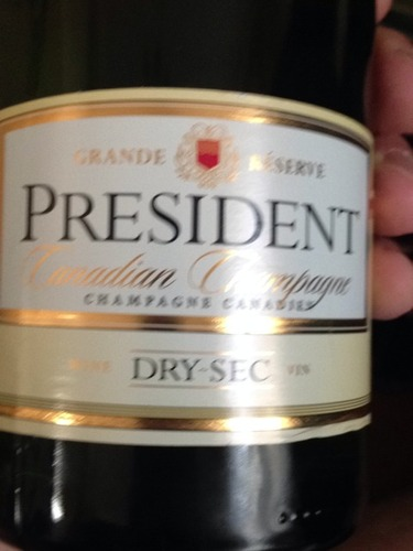 Brights President Grande R 233 Serve Canadian Champagne Dry