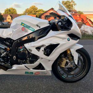 Zoll macht Motorrad-Rennen zum teuren Vergnügen