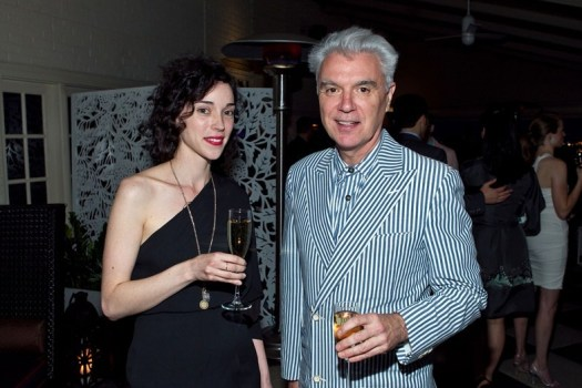 https://i2.wp.com/images.vogue.it/Storage/Assets/Crops/38529/10/37468/david-byrne-st-vincent_784x0.jpg?w=525