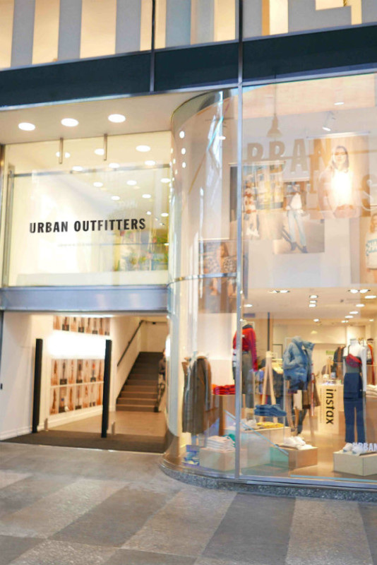 Urban Outfitters arriva a Milano