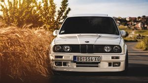 Bmw wallpapers hd  desktop backgrounds  images and pictures     Preview wallpaper bmw  325i  e30  white  auto