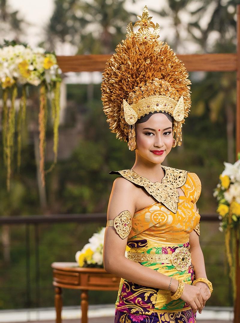 Pancaran Agung Busana Pengantin Bali Weddingku Com