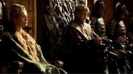 https://i2.wp.com/images.wikia.com/gameofthrones/images/9/93/Cersei_%26_Joffrey_1x07.jpg