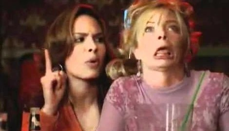 https://i2.wp.com/images.wikia.com/mynameisearl/images/2/2b/Catalina_with_drunk_Joy_Turner.jpg