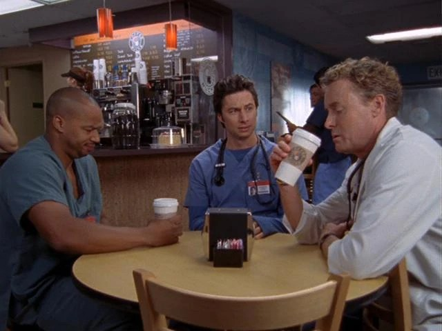 https://i2.wp.com/images.wikia.com/scrubs/images/3/34/7x6_Turk_JD_and_Cox_at_Coffee_Bucks.jpg