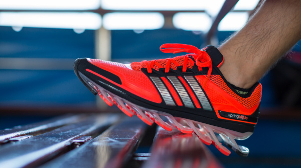 Adidas (90.00)