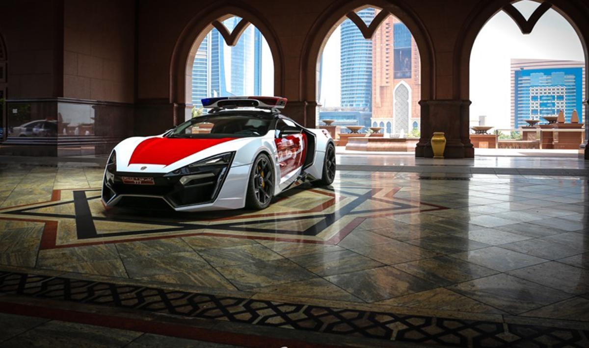 Il Bolide Da 770 Cavalli Della Polizia Di Abu Dhabi Wired